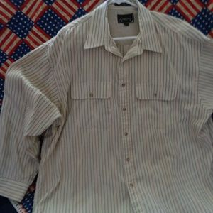 Arrow Long Sleeve Dress Shirt Size XL 100% Cotton.